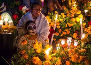 """Vive La Experiencia """"Coco"""" Y El Dia De Los Muertos"""