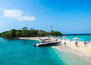 Isla Privada Bendita Beach